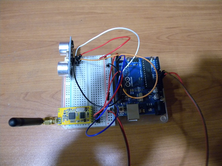 Detection module mounted on a breadboard with initial ultrasound detector